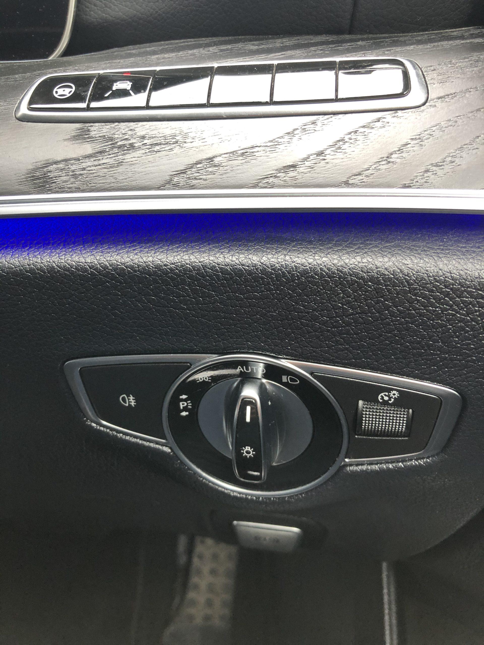 メルセデス・ベンツ E200ワゴン アバンGスポーツ